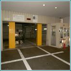 駐車場(54台収容)